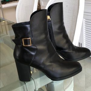Like Brand New- Tod's leather boots